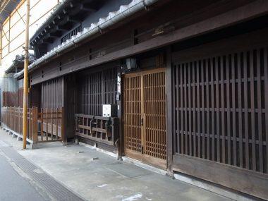 120404桜井本町の板軒町家