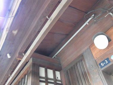 160311大津町屋の板軒(軒切り)