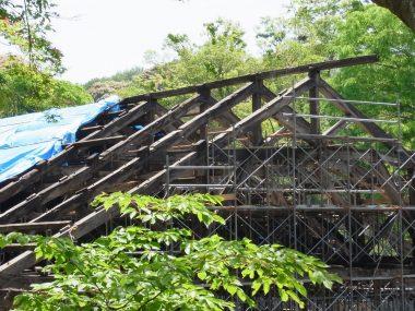 和歌山県議会堂 トラス屋根 解体修理