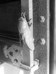六所神社 桟唐戸 サル 蝉のつまみ 和風金物
