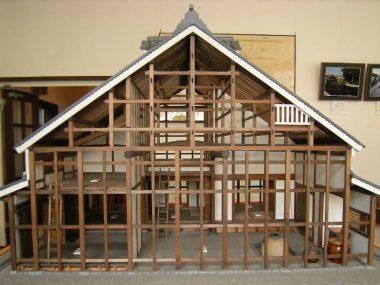 伝統構法 木造住宅の断面