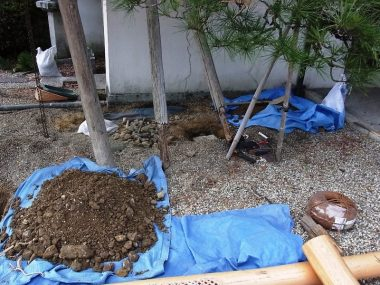 庭の排水  砕石パイルで地下排水