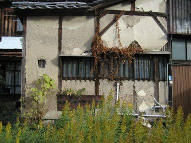 021210奈良市の古借家 伝統構法 玉石建て 土壁