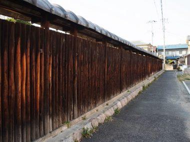 180313大和小房の法蓮塀