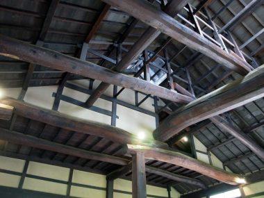 200728重文民家 鴻池新田の構造 豪快な梁組
