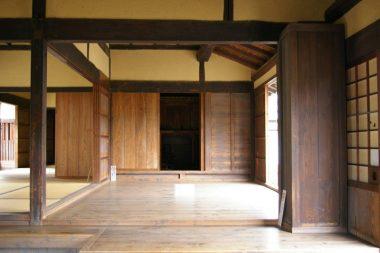 070224奈良県大和郡山市の茅葺きの古民家
