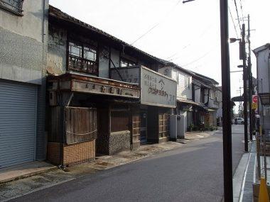 170801奈良県桜井市の崩落する町並み