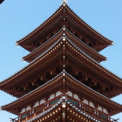 110515薬師寺界隈の築地塀