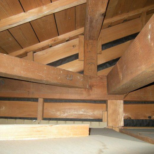 091119垂水の某邸耐震診断 現況小屋裏