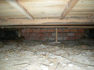 木造住宅の耐震診断 煉瓦基礎